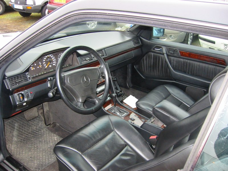 Interieur cuir mercedes w124 28 images coupe c124 e320 for Interieur mercedes 190