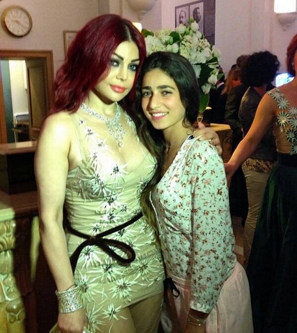 هيفاء وهبي مهرجان 2014 فستان boweqo10.jpg