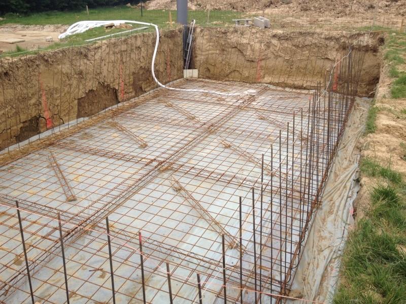 Piscine 8 5 x 4 x auto construction pose carrelage - Ferraillage piscine beton ...