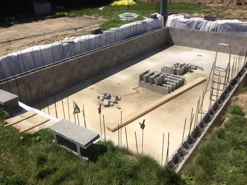 Piscine 8 5 x 4 x auto construction pose carrelage for Construction piscine 63