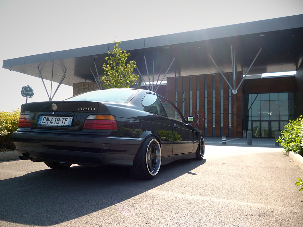 All BMW Models bmw 195 wheels Acertive poke of a black non-M BMW e36 coupé on cult classic Azev ...