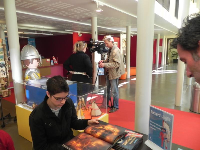 interview de Franc 3 Franche comté au musée du jouet de moirans