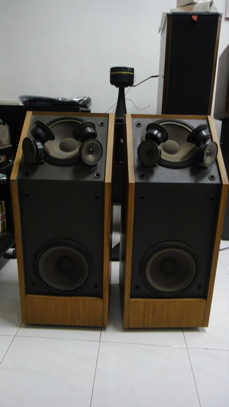 bose 601 speakers. bose speaker. model : 601 series iii condition 7/10. made usa. price sold contact loy 0163683523 speakers
