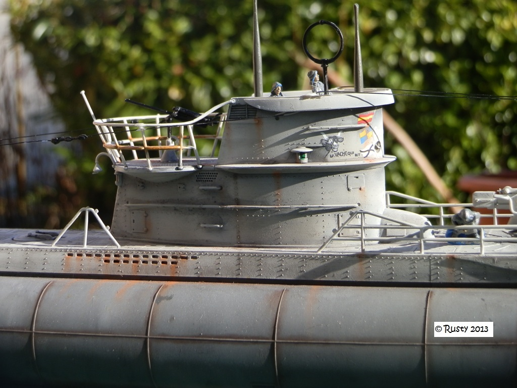 U boat type viic u 69 39 la vache qui rit 39 revell 1 72 for Interieur u boat
