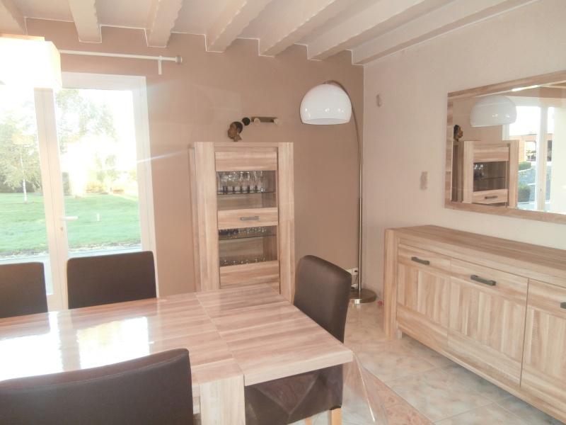 conseil d co salle a manger avec poutres page 2. Black Bedroom Furniture Sets. Home Design Ideas