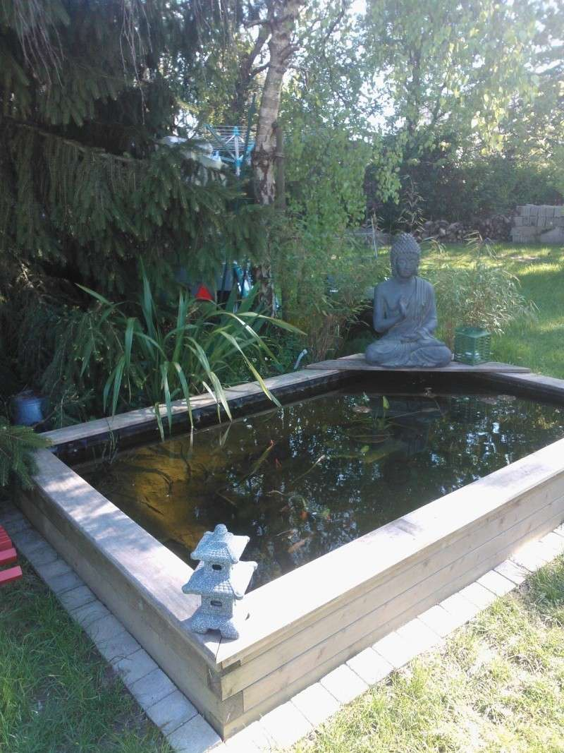 Bassin de jardin hors sol fashion designs for Bassin semi hors sol
