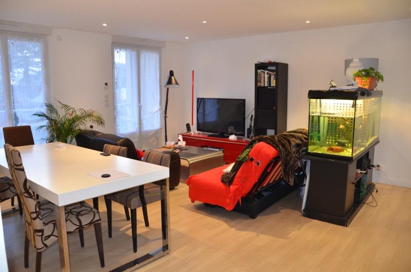 comment disposer ses meubles dans salon salle manger amazing quels rideaux pour ce salon salle. Black Bedroom Furniture Sets. Home Design Ideas