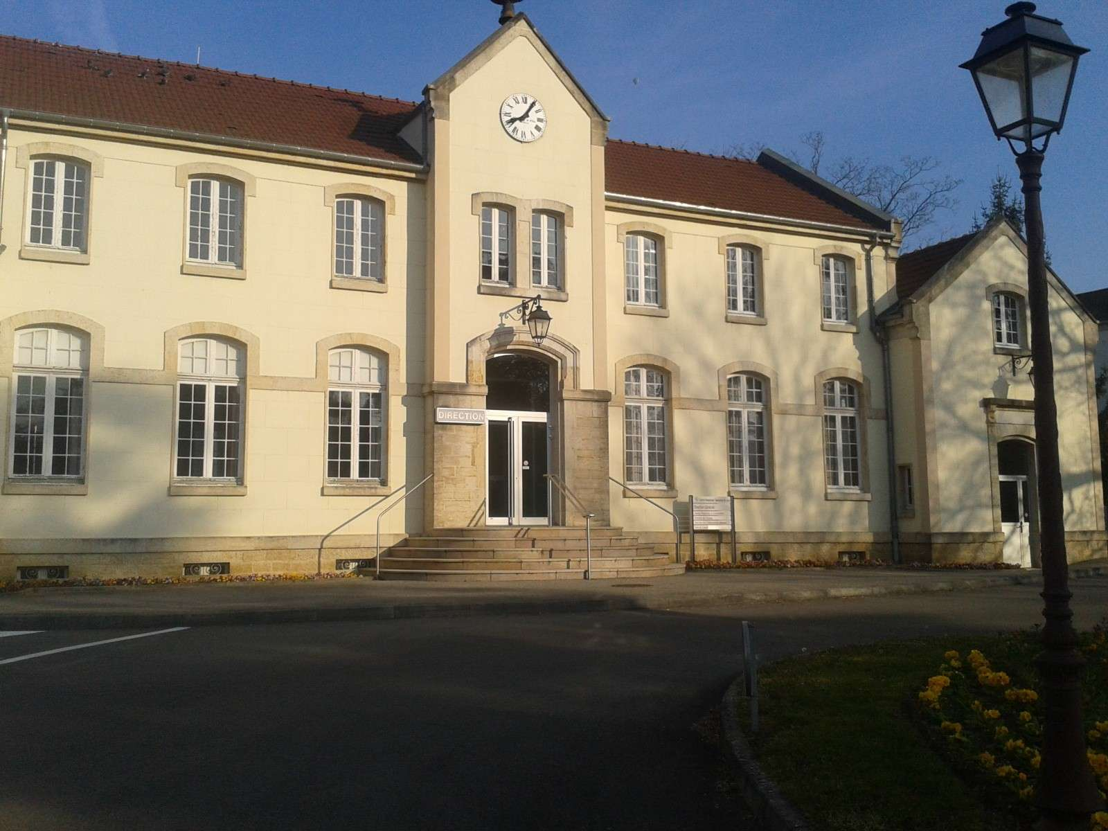 Hopital Psychiatrique Saint-Ylie de Dole 39 - Neptune