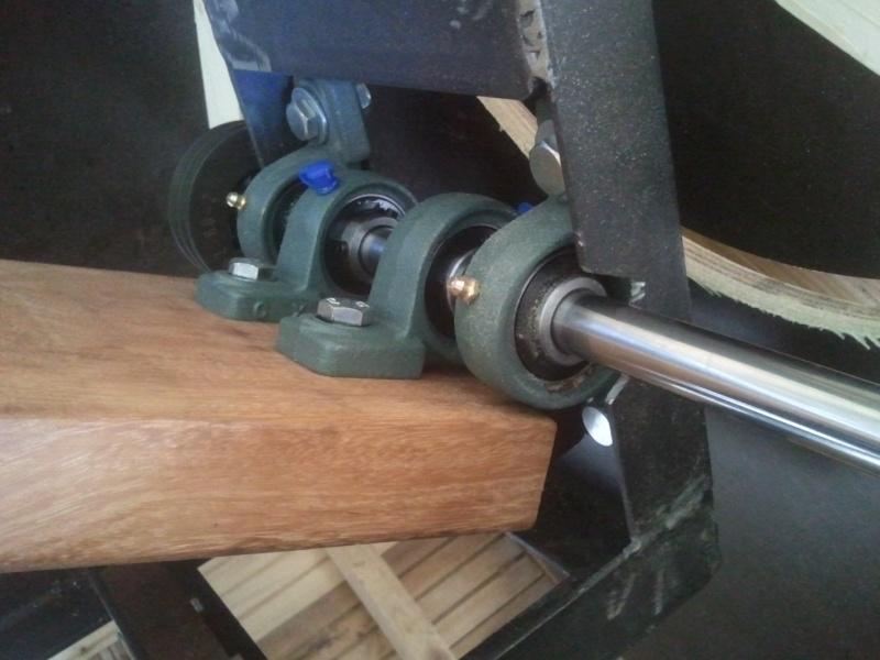 Construction d 39 un scie sur table en bois metal - Fabriquer une table pour scie circulaire ...