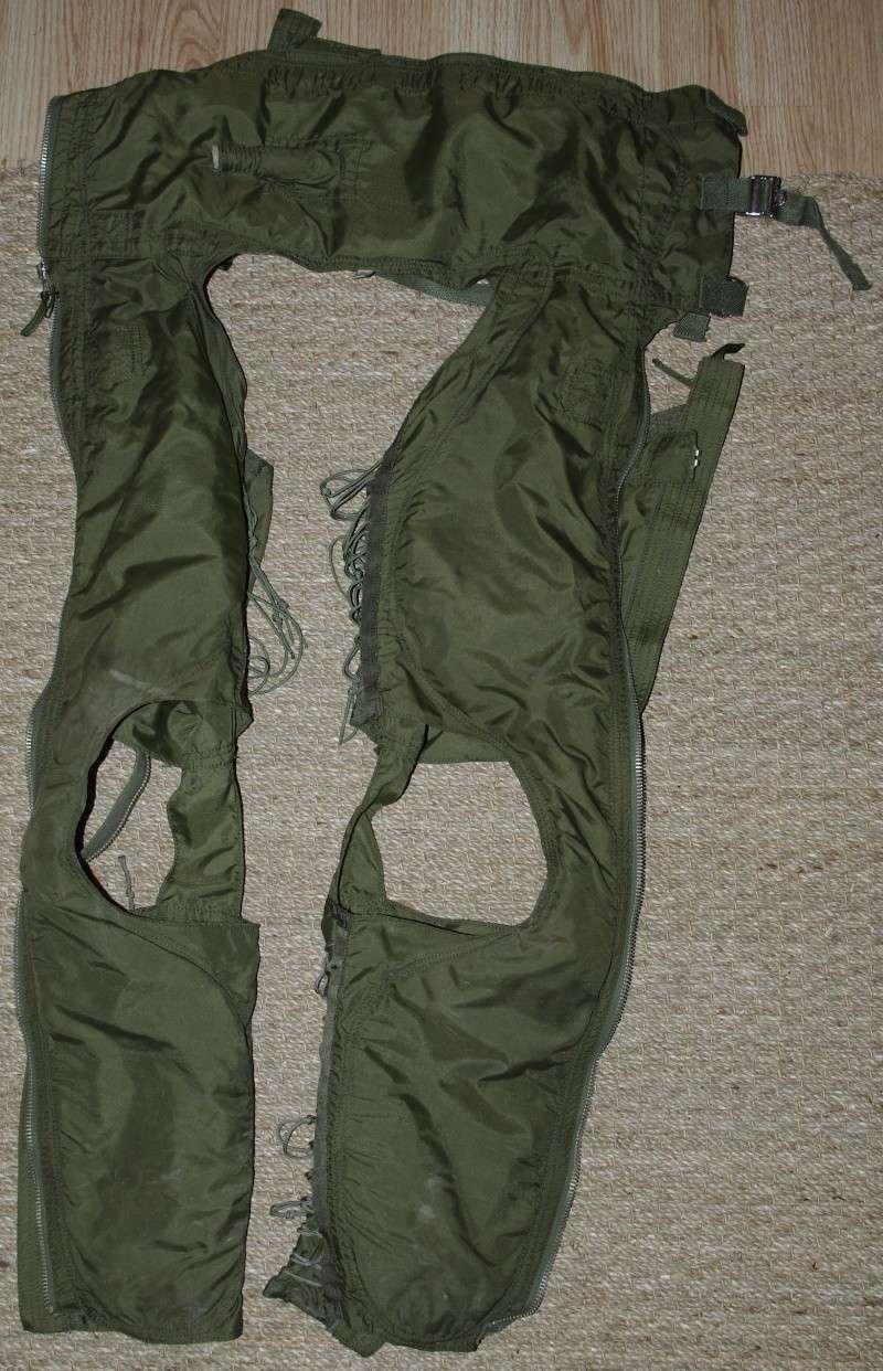 tenue pilote de chasse de la vf 84 jolly rogers sur f 14. Black Bedroom Furniture Sets. Home Design Ideas