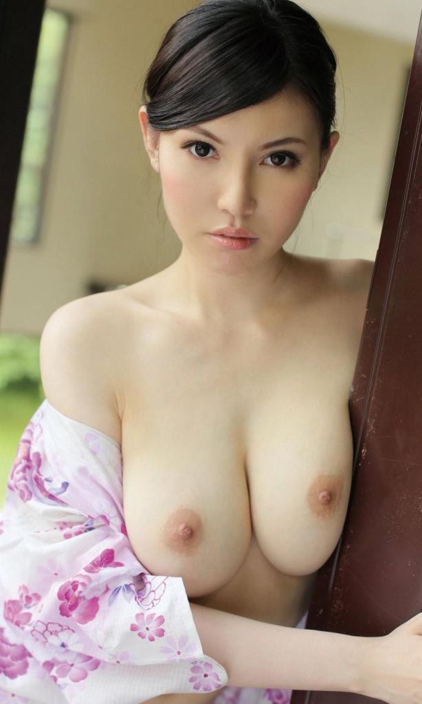 Pink nipple chinese model