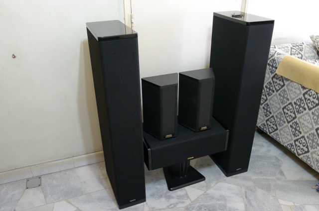 definitive surround speakers. price : rm sold contact khim 016-3662081 definitive surround speakers p
